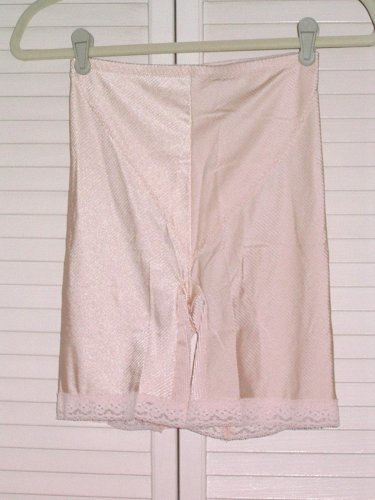 Poirette by Lily of France Shapewear Sz LARGE Style# 89200 Light Pink 1970-80s?
