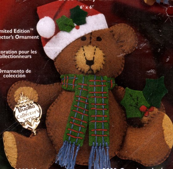 TEDDY BEAR HOLIDAY FELT EMBROIDERY KIT CHRISTMAS ORNAMENT