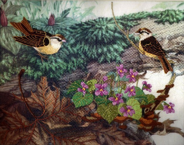 WOODLAND FRIENDS CREWEL EMBROIDERY KIT SPARROWS VIOLETS