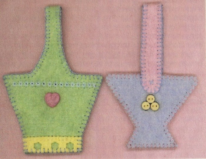 PRIMITIVE FOLK ART PATTERN CHART  BASKET ORNAMENTS SPRING FELT EMBROIDERY