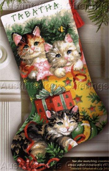 CHRISTMAS KITTY CATS NEEDLEPOINT STOCKING KIT HOLIDAY KITTENS