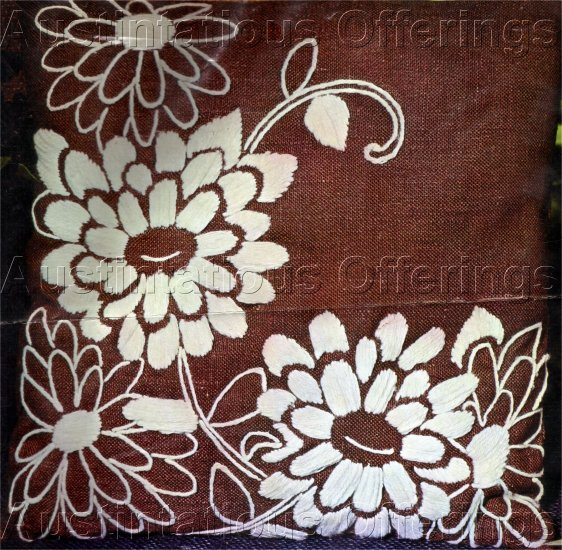 VINTAGE DAISY CREWEL EMBROIDERY KIT SHIMMERING BROWN HOMESPUN