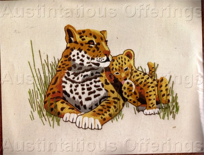LEOPARD AND CUB CREWEL KIT