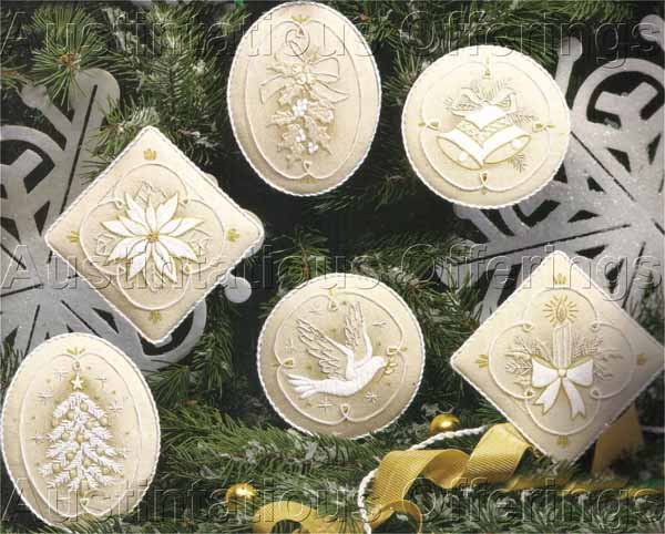 RARE IVORY TONES SNOWFLAKE DREAMS CREWEL EMBROIDERY ORNAMENTS SET KIT