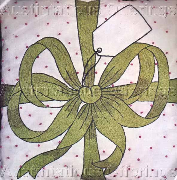 Christmas Surprise Crewel Embroidery Pillow Kit Holiday Gift Suitable for Beginners