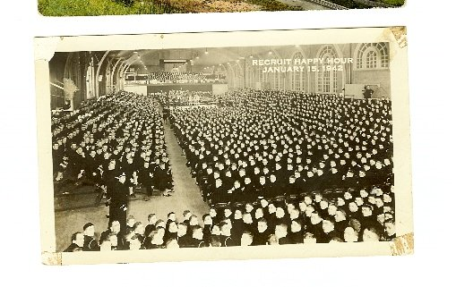 RECRUIT HAPPY HOUR 1942 RP REAL PHOTO BOXING MILITARY  POSTCARD WWII