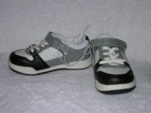 Mossimo Jediah Boy's Gray Sneakers Size 9