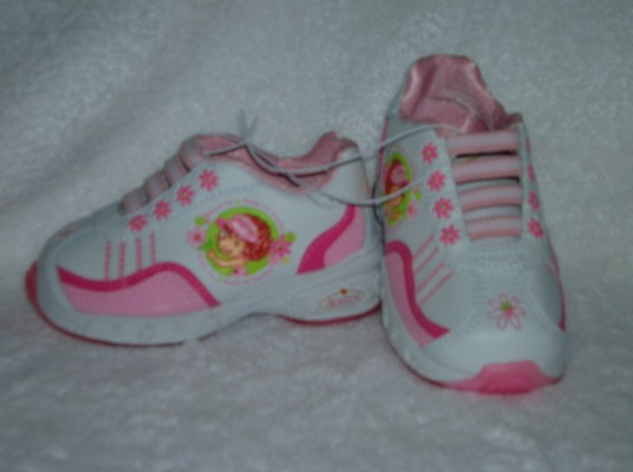 Strawberry Shortcake Girl's White/Pink Sneakers Size 6