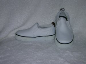 Circo Lois Girls White Slipons Size 7