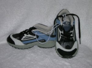 Champion Logan Boy's Navy Sneakers Size 8 1/2