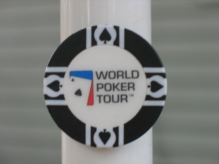 WPT WORLD POKER TOUR POKER CHIP FRIDGE MAGNET STRONG! BLACK