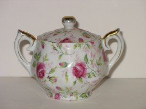 Vintage LEFTON CHINA ROSE CHINTZ MINI SUGAR BOWL W/ LID PINK