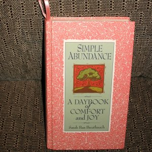 Simple Abundance A Daybook of Comfort and Joy - Women's Book