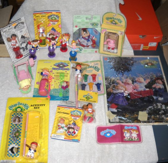 Mixed Lot of CABBAGE PATCH KIDS Dolls Bubbles Olympics FUN