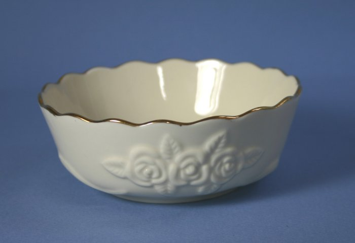 """Lenox China ROSEBUD COLLECTION 4"""" All Purpose/Cereal Bowl"""
