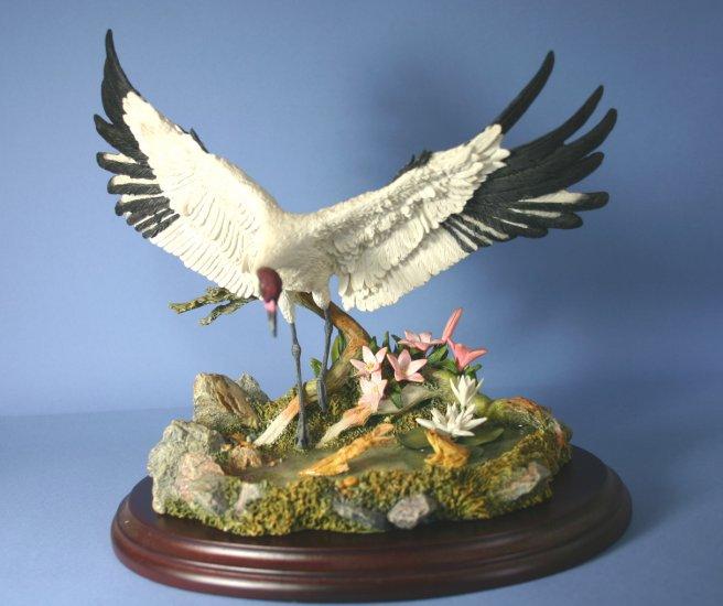 Lenox LILY POND LANDING Hand Painted Crane bird Sculpture & Stand