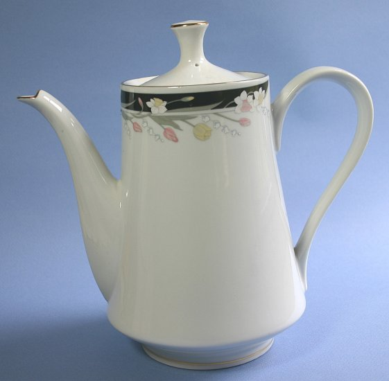 Fairfield Coffee Pot & Lid