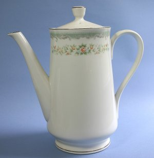 Japan China ROSEVILLE 4135, Five Cup Coffee Pot and Lid