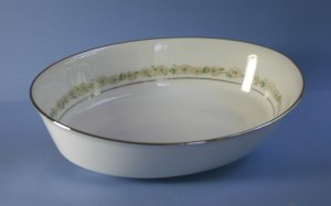 "Noritake TRILBY 6908 9"" Oval Vegetable Bowl"