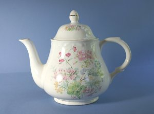 Arthur Wood & Sons 6435 Pattern Tea Pot and Lid