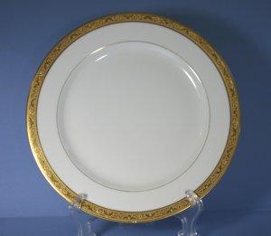 Tressemanes & Vogt (T&V) Limoges France Gold Encrusted Dinner Plates