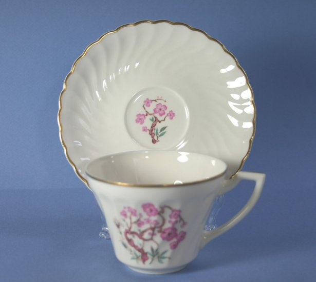 Syracuse Spring Cup and Saucer Set (Flat)