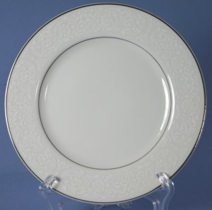 "Carlton (Japan) PLYMOUTH #303 6"" Bread and Butter Plates"