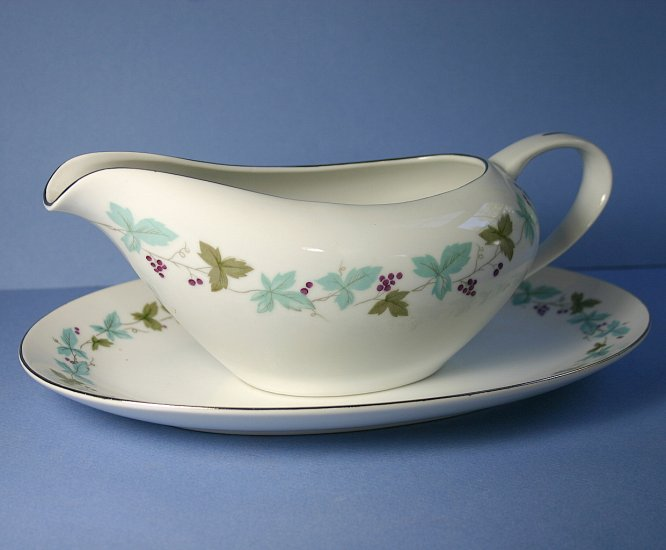Fine China of Japan Vintage Gravy Boat & Underplate (Relish)