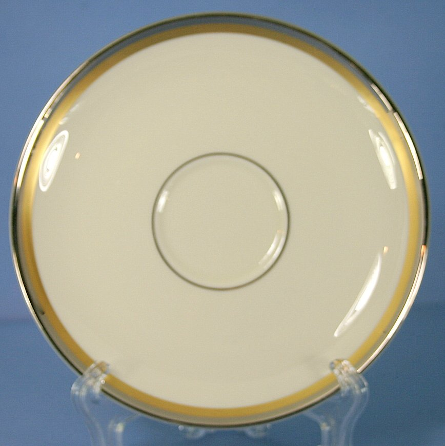 Pickard Champagne (Ivory Background) Saucer Only