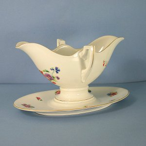 Pirkenhammer Pattern No. 10211 Double Handle Gravy Boat & Attached Underplate