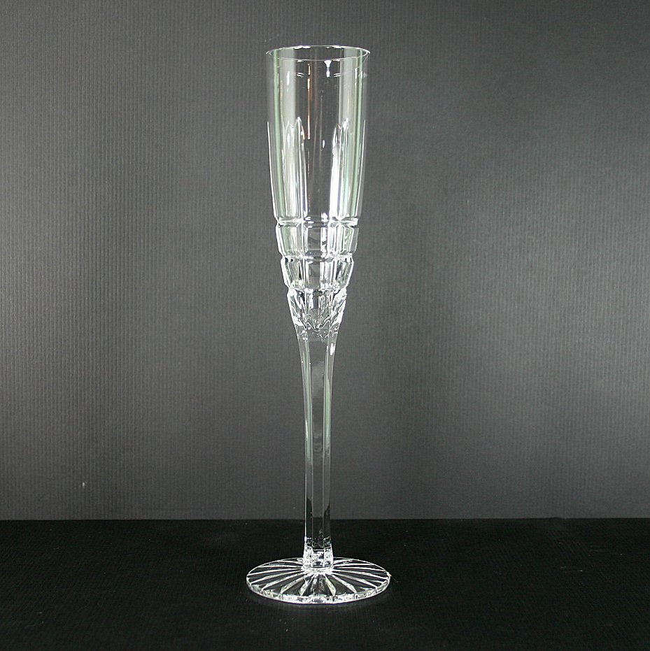 """Ceska Crystal Solitaire 10"""" Fluted Champagne"""