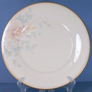 Noritake Sweet Surprise Dinner Plate