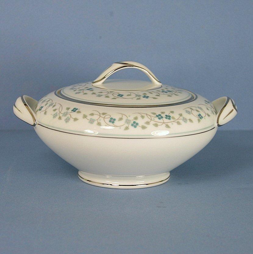 Noritake Marlene Sugar Bowl and Lid