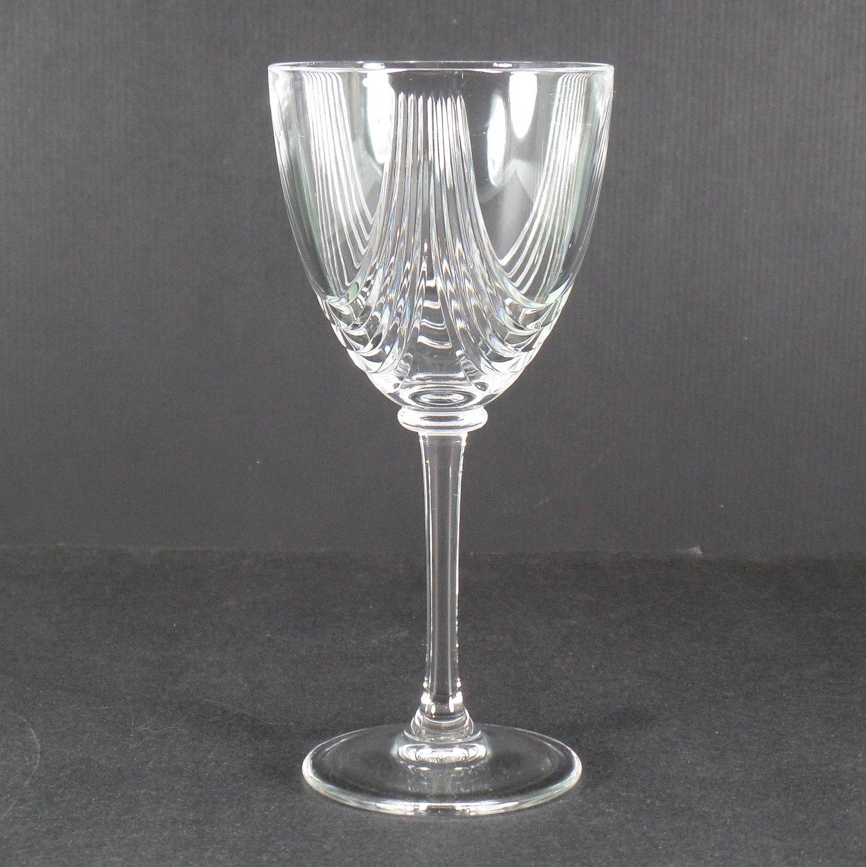 Royal Crystal Rock Magnolia Wine Glass