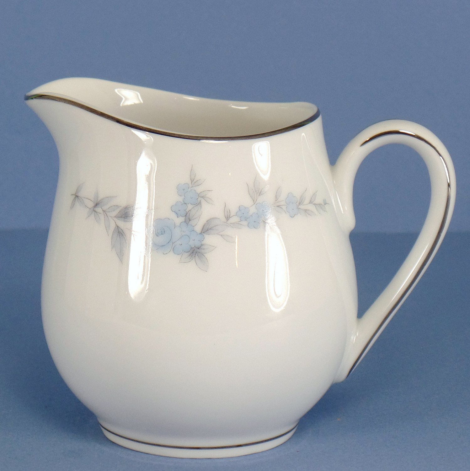 Royal Hostess Annbelle Creamer