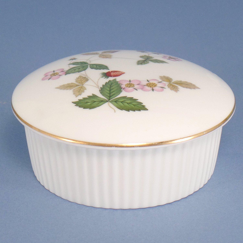 Wedgwood Wild Strawberry (Bone) Round Box with Lid - 2 Inch