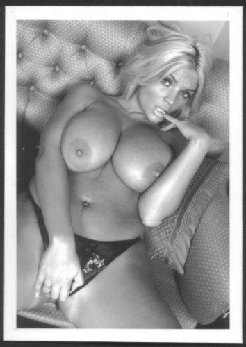 STACEY JONES TOPLESS NUDE HUGE BREASTS NEW REPRINT 5 X 7 #1