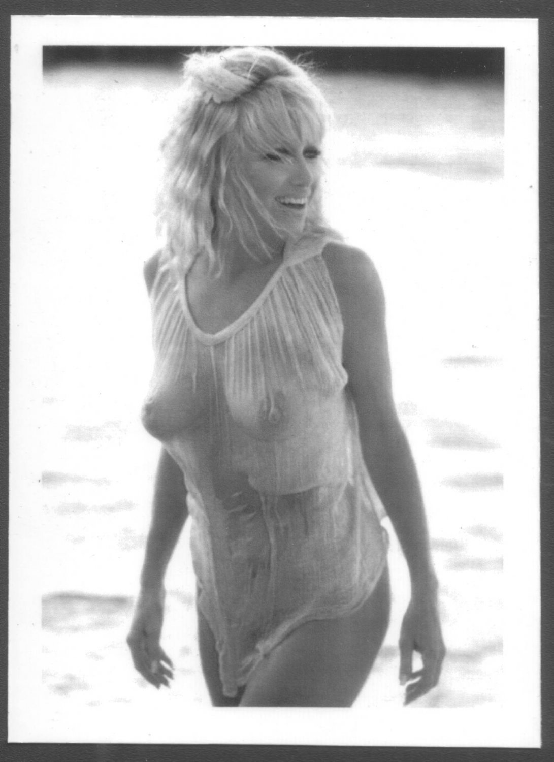 ACTRESS SUZANNE SOMMERS TOPLESS NUDE HUGE BREASTS NEW REPRINT 5 X 7  #1