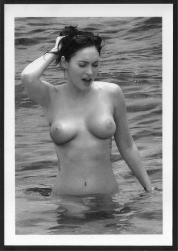 MEGAN FOX TOPLESS NUDE LARGE BREASTS NEW REPRINT 5X7  #2
