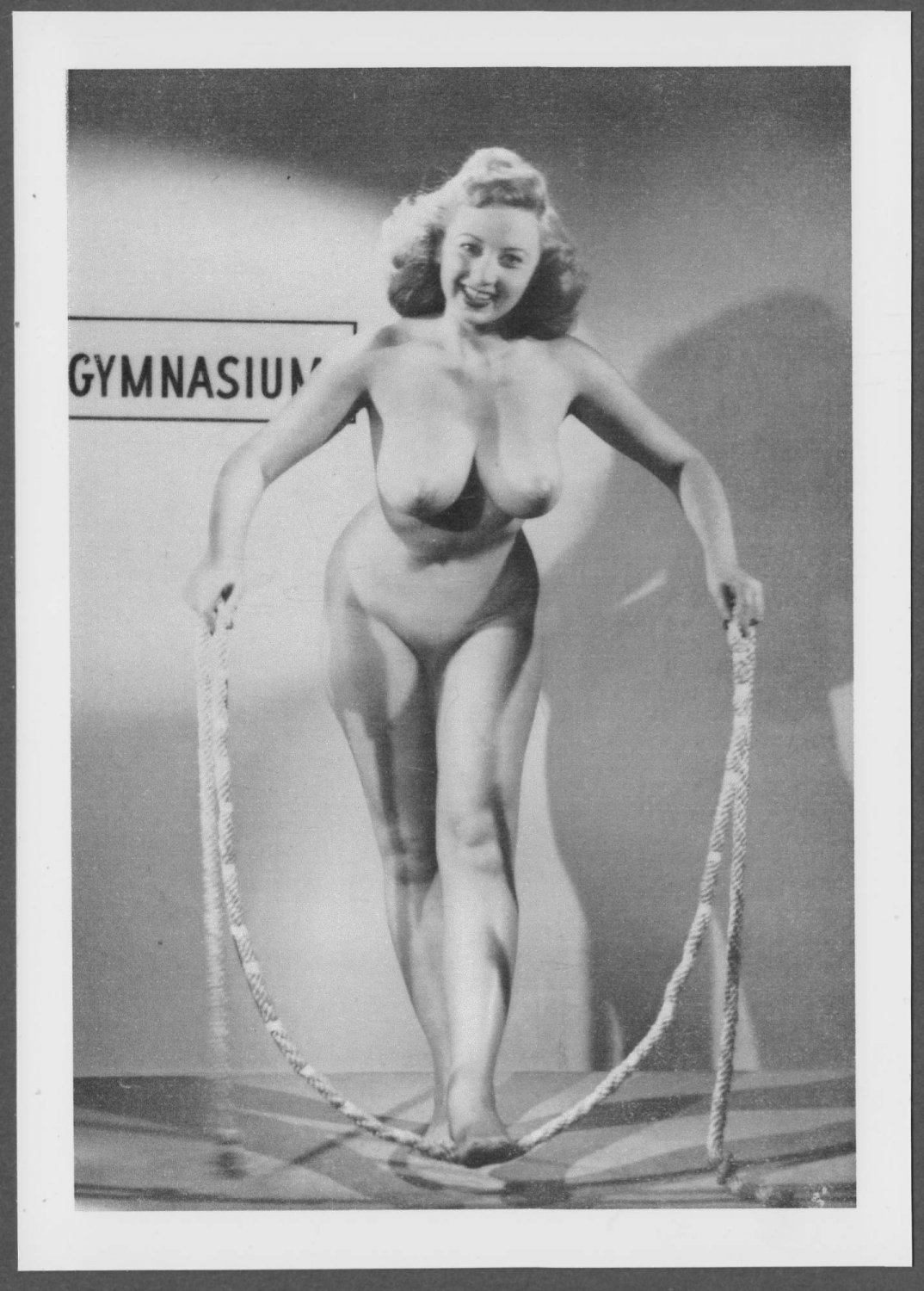 ACTRESS JOAN BLONDELL TOPLESS NUDE NEW REPRINT  5X7    JB-21