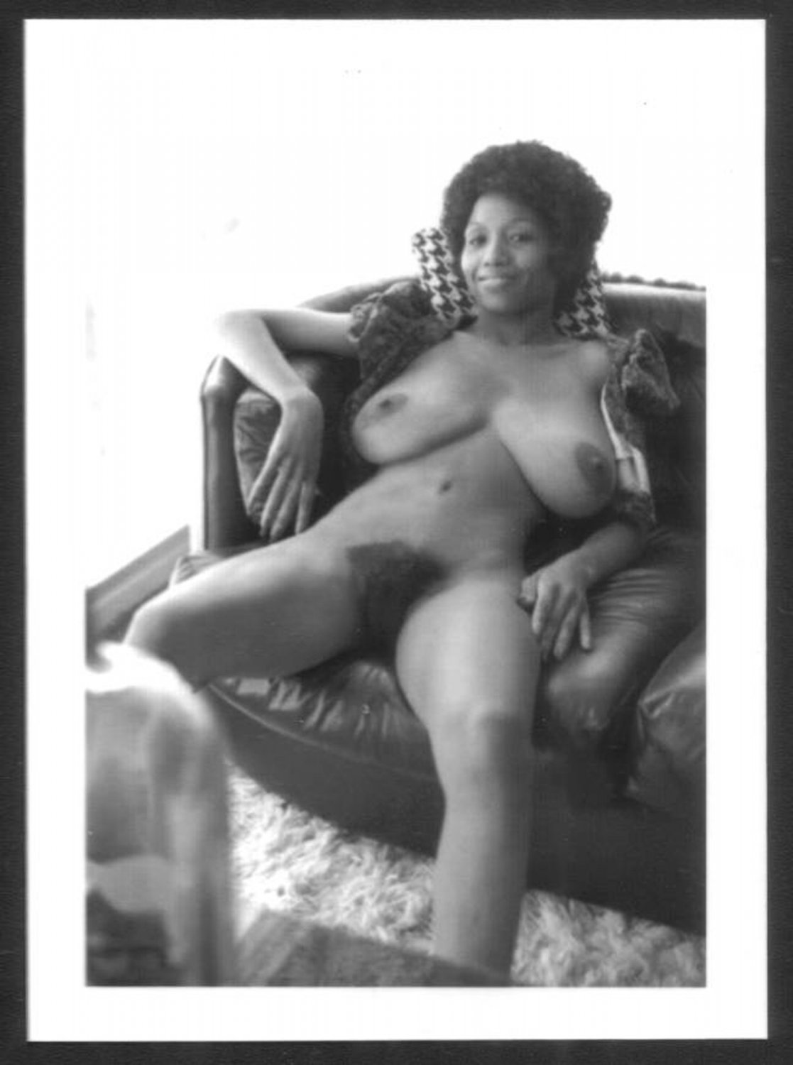 EBONY SYLVIA MCFARLAND TOPLESS NUDE HUGE BREASTS HAIRY PUSSY NEW REPRINT 5X7 SM-96