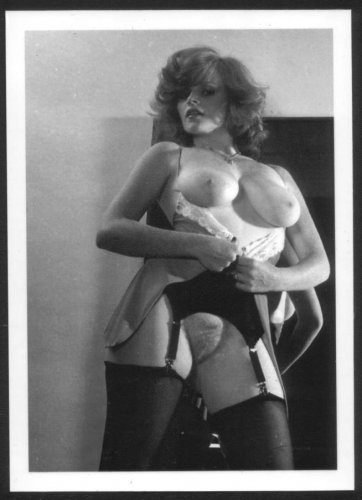 LISA DELEEUW TOPLESS NUDE REPRINT PHOTO 5X7 LD56