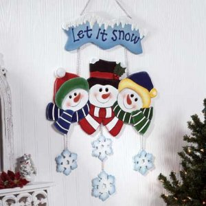 Let It Snow Snowman Family Wood Wall Display