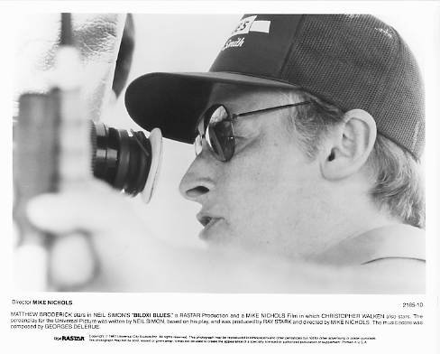 BILOXI BLUES Director Mike Nichols 8x10 movie still photo