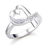 GORGEOUS HEART SHAPE STERLING SILVER WHITE CZ RING Size 9