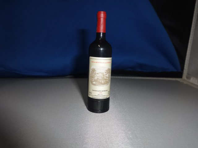Mis en Bouteille Au Chateau Red Wine Bottle Shaped Butane Lighter USA Stocked and Shipped