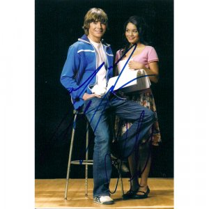 HIGHSCHOOL MUSICAL EFRON + HUDGENS SIGNED 4X6 PHOTO