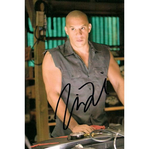 THE FAST AND THE FURIOUS VIN DIESEL SIGNED 4X6 PHOTO