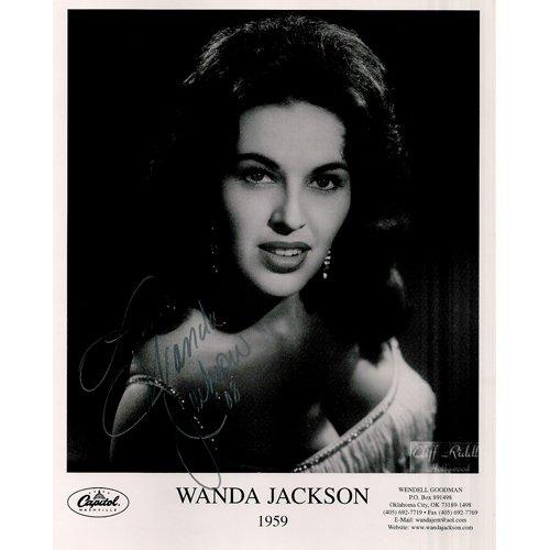 WANDA JACKSON SIGNED 8x10 PHOTO + COA