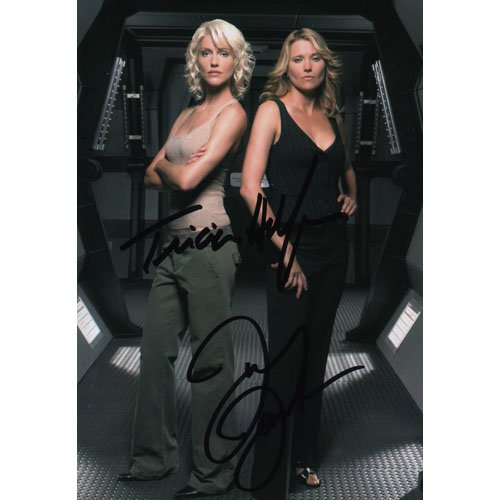 BATTLESTAR GALACTICA TRICIA HELFER AND LUCY LAWLESS SIGNED 4x6 PHOTO + COA